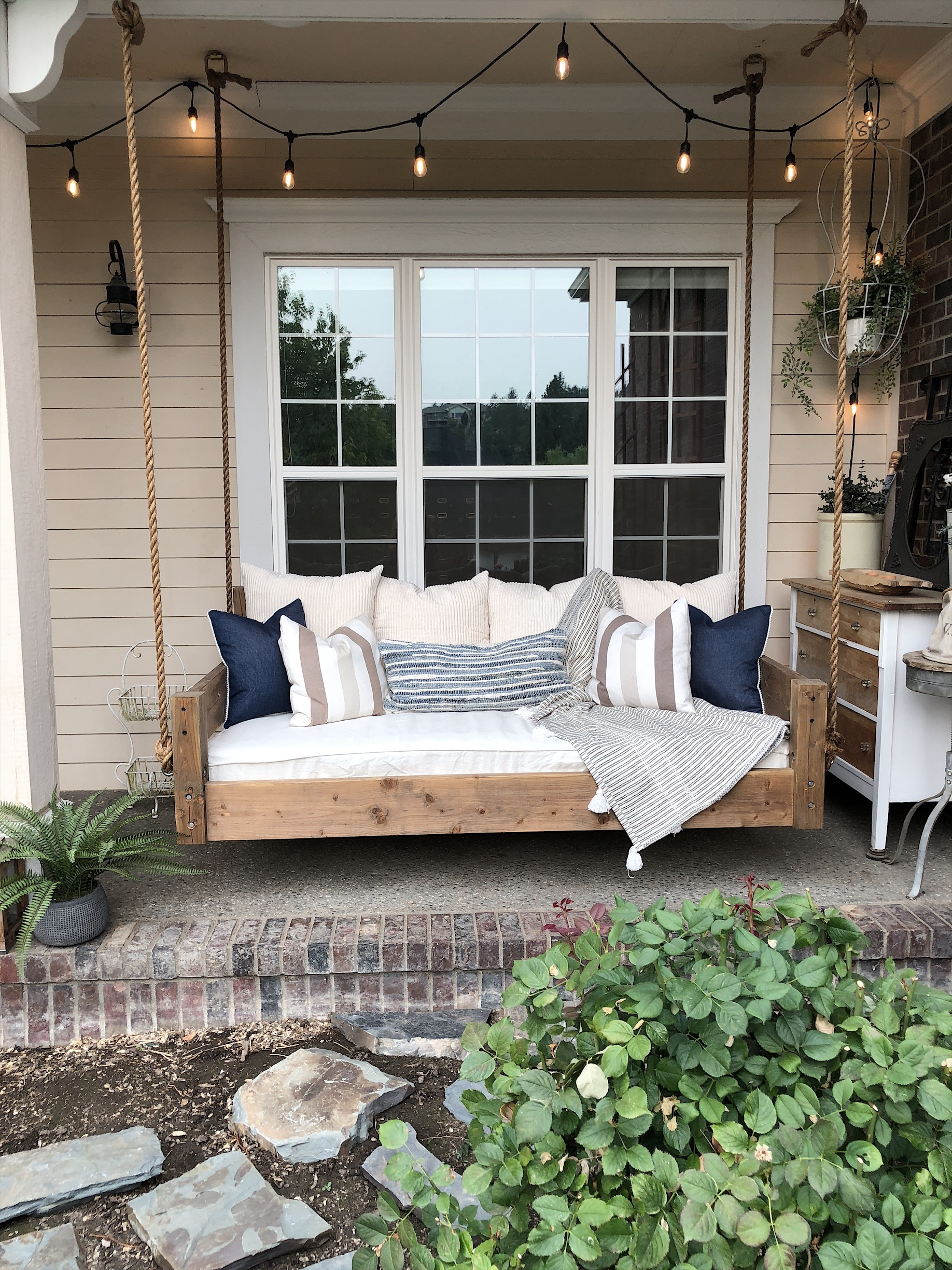 Picture of: Our Diy Swing Bed Living With Lady